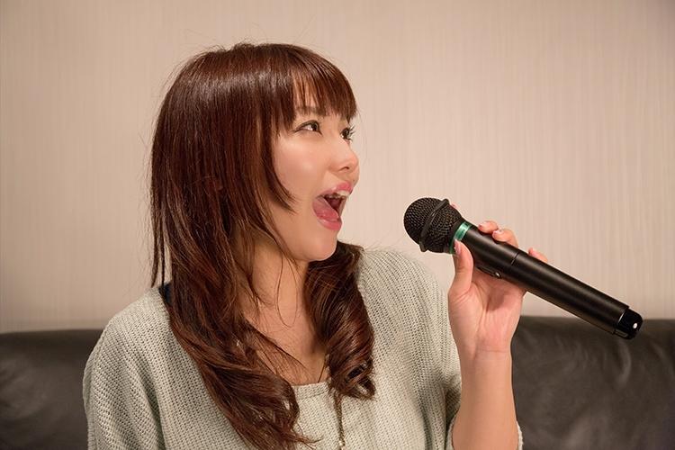 NKJ52_karaokeutauonnanoko500